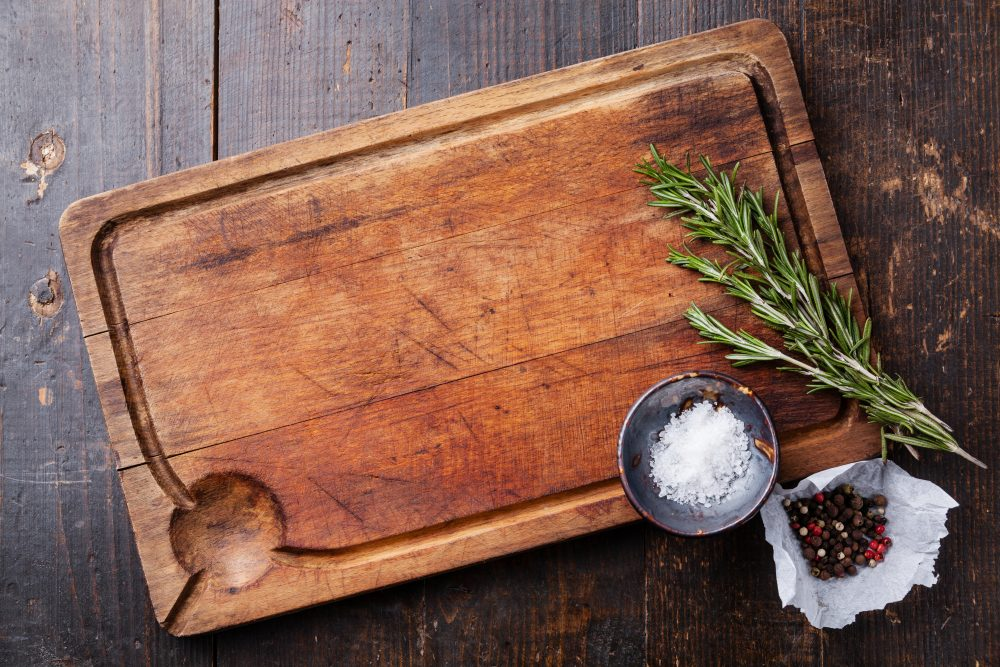 What's Better, Plastic or Wooden Cutting Boards?